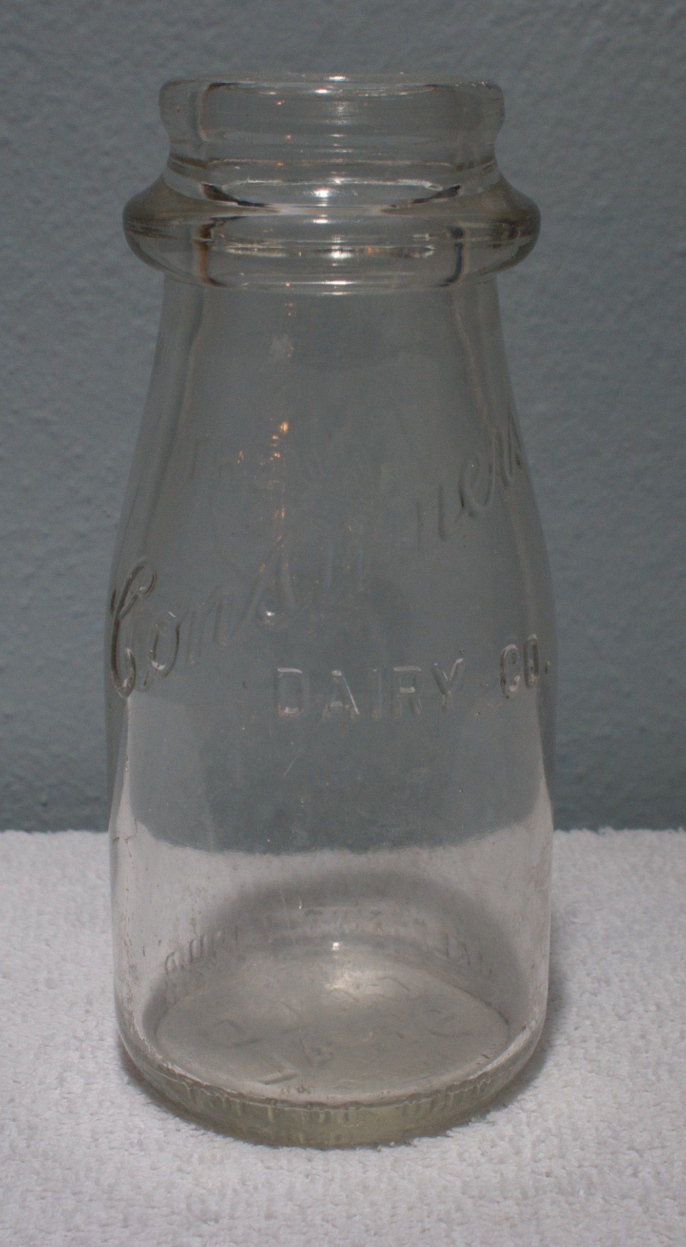 Consumer Dairy Half-Pint Milk Bottle 1930s