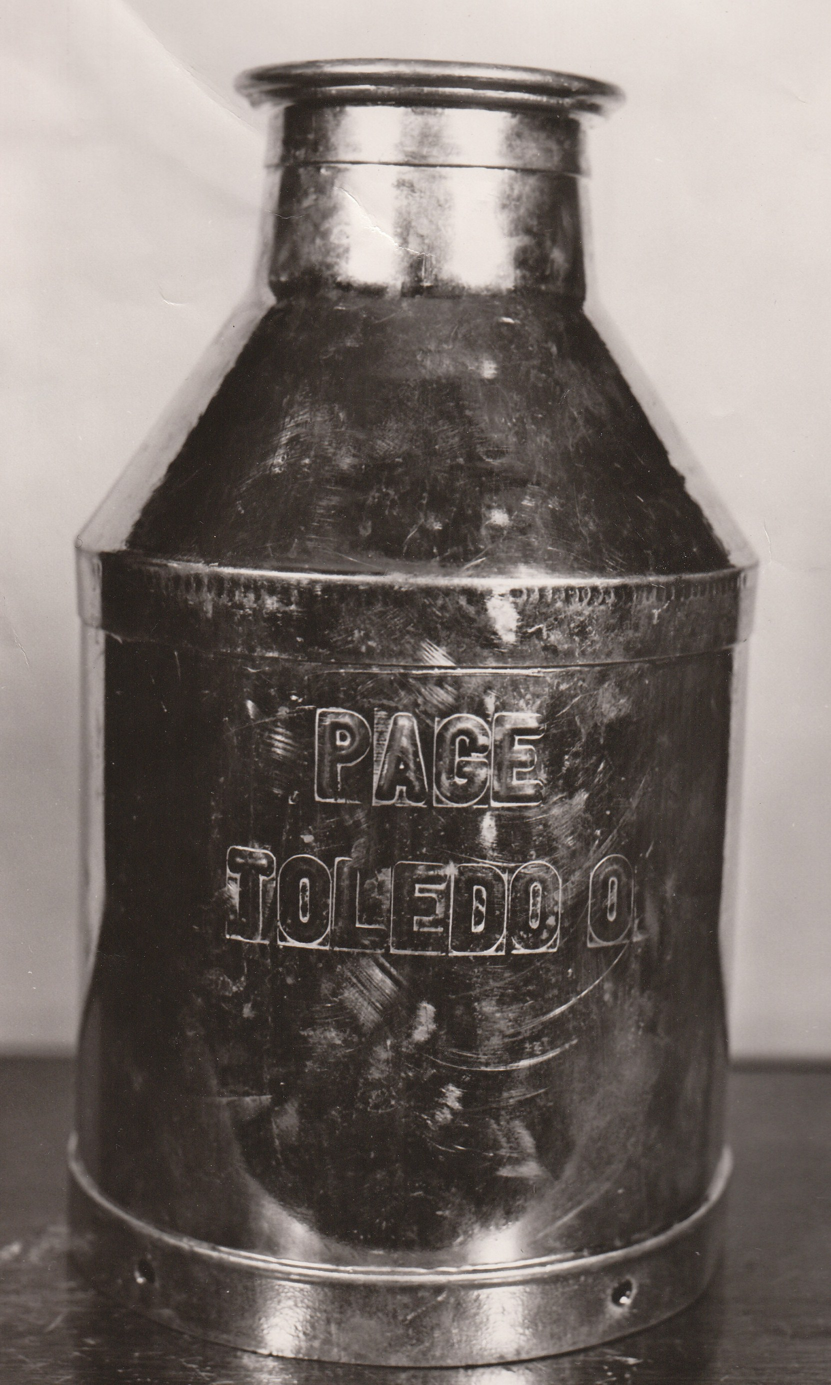 Page Dairy Milk Can