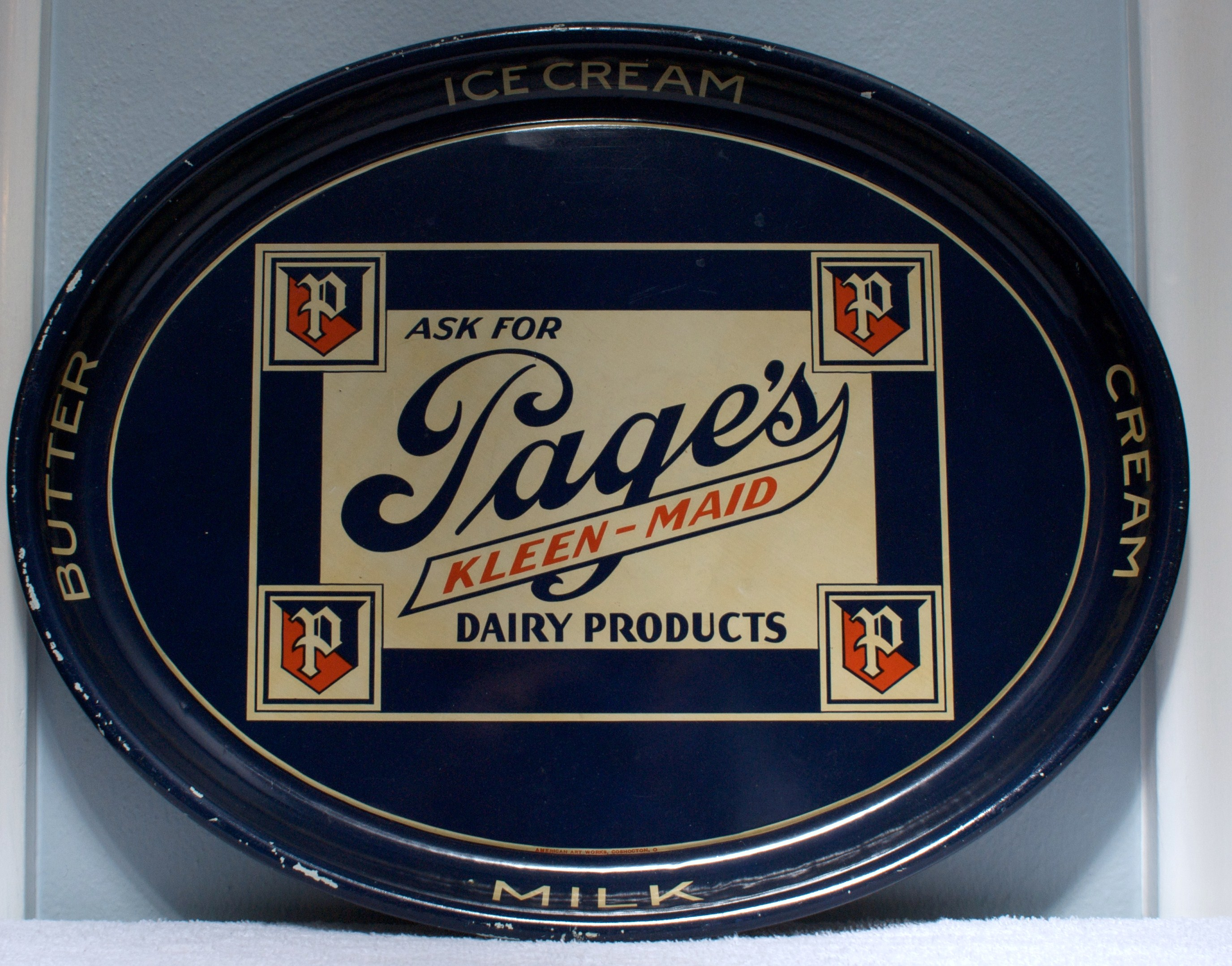 Page Dairy Oval Blue Ice Cream Tray (2)